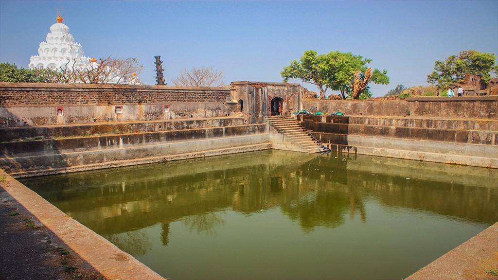 Inside the Kolaba Fort    LHI Team