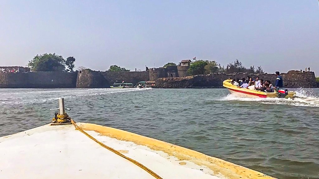 The Kolaba Fort- Once the base of the Maratha navy    LHI Team