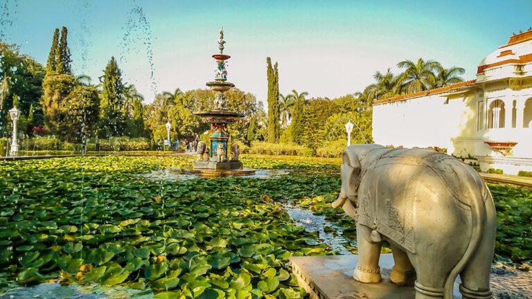 A Royal Retreat: Sahelion ki Bari