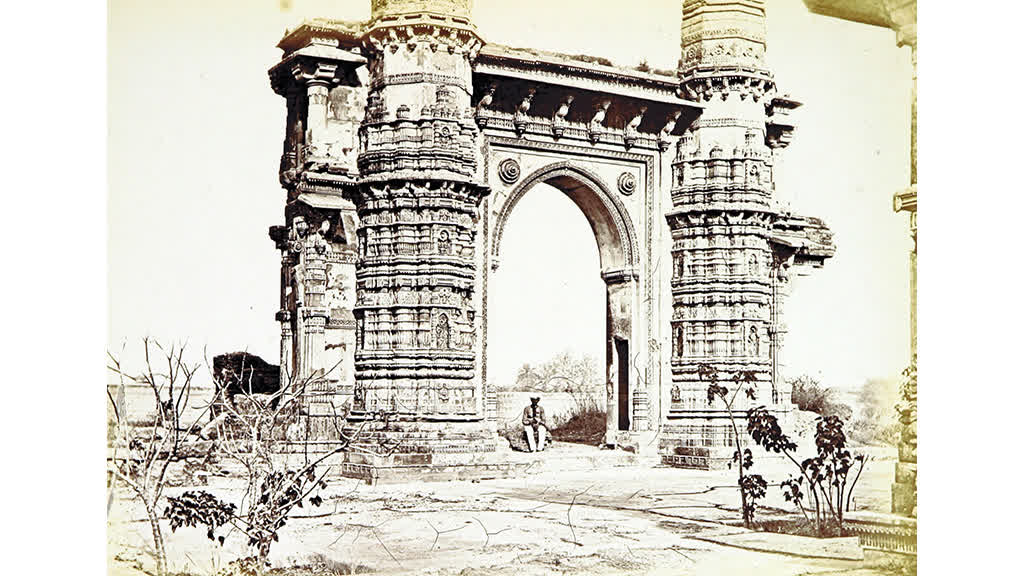 Mystery of the Vibrating Minarets