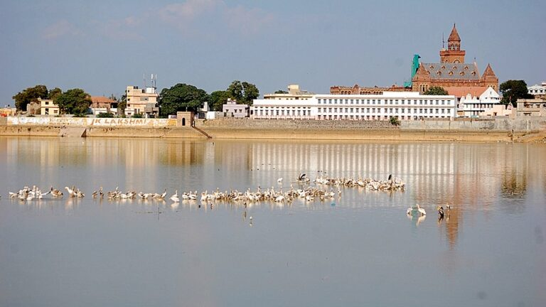 Bhuj's Lake of Life