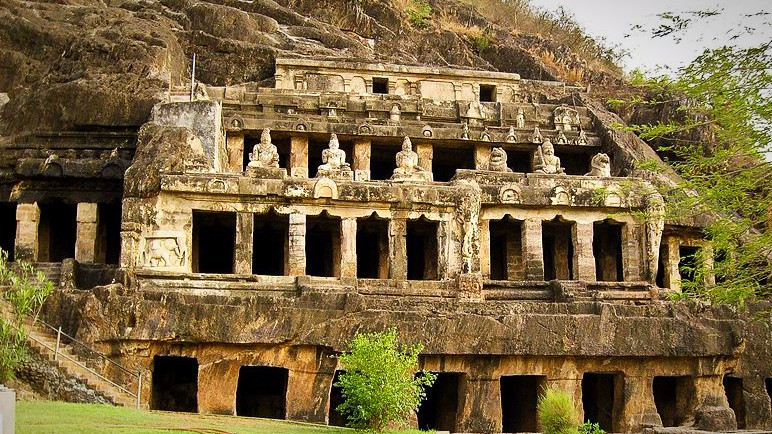 The Vishnukundin Kings of Andhra