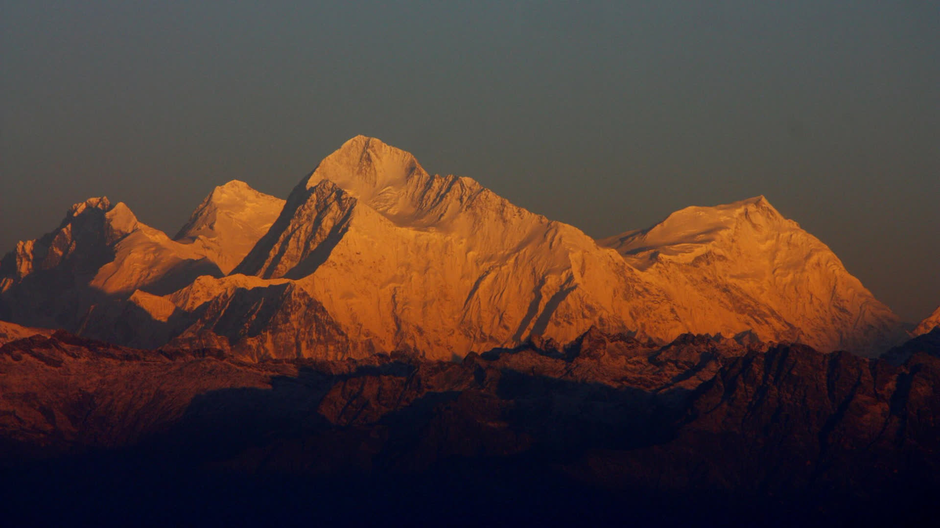 The Mystery Man Who Measured Mount Everest