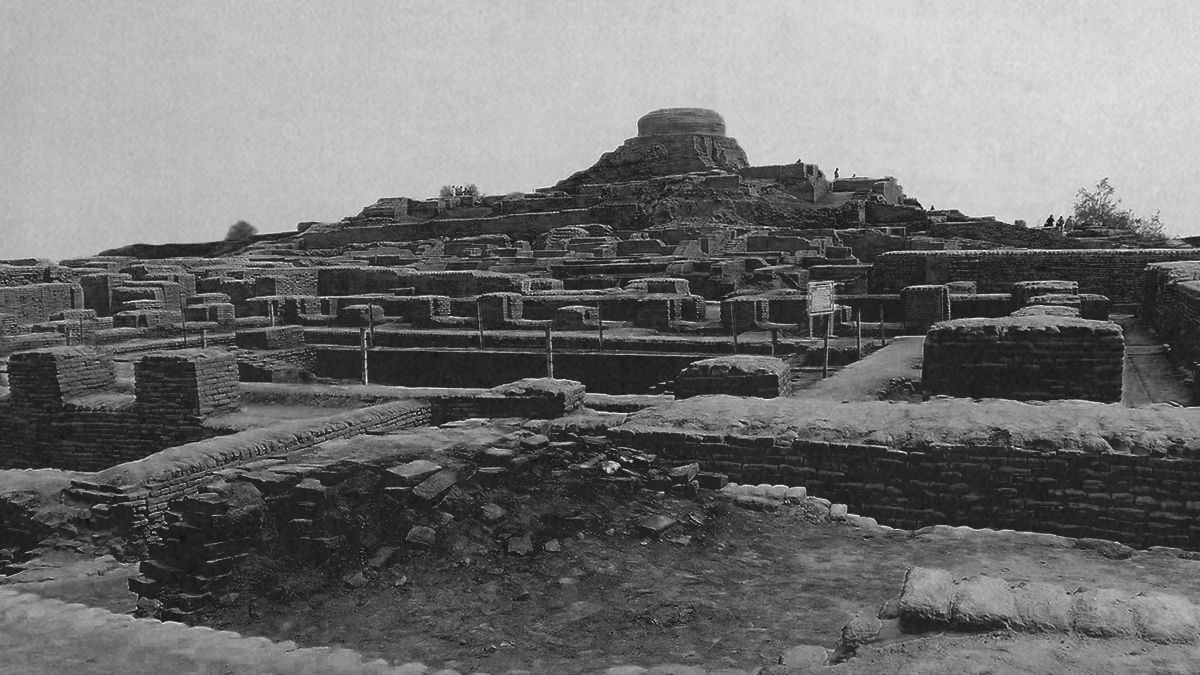 Finding the Indus Valley Civilization
