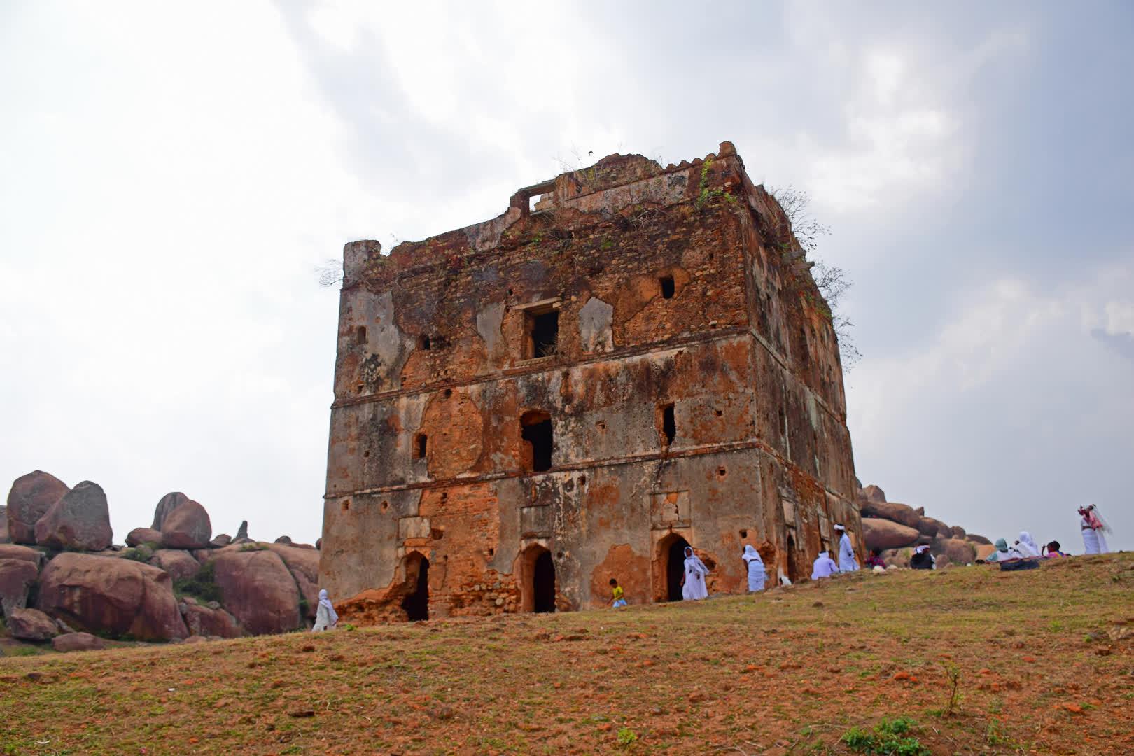 Navratangarh: Lost Kingdom of the Nagvanshis