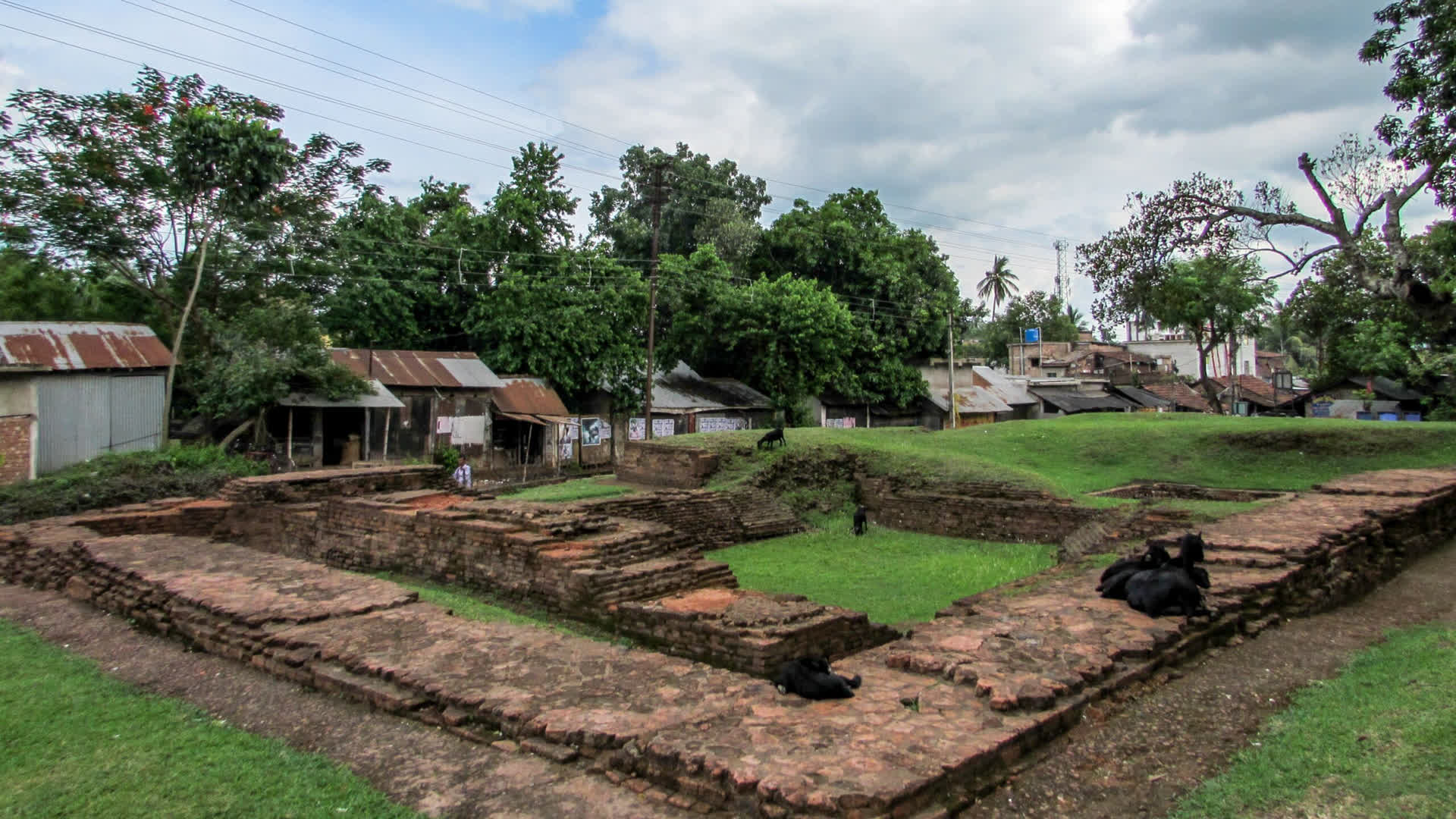 Chandraketugarh: An Enigma in Bengal