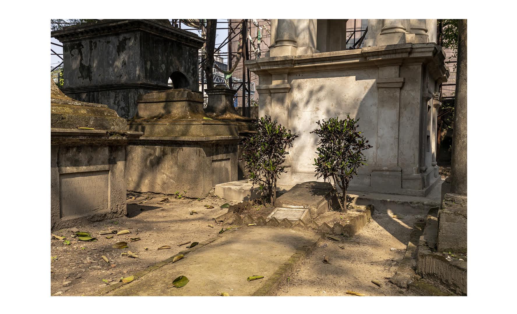 Kolkata Cemetery: What the Dickens!