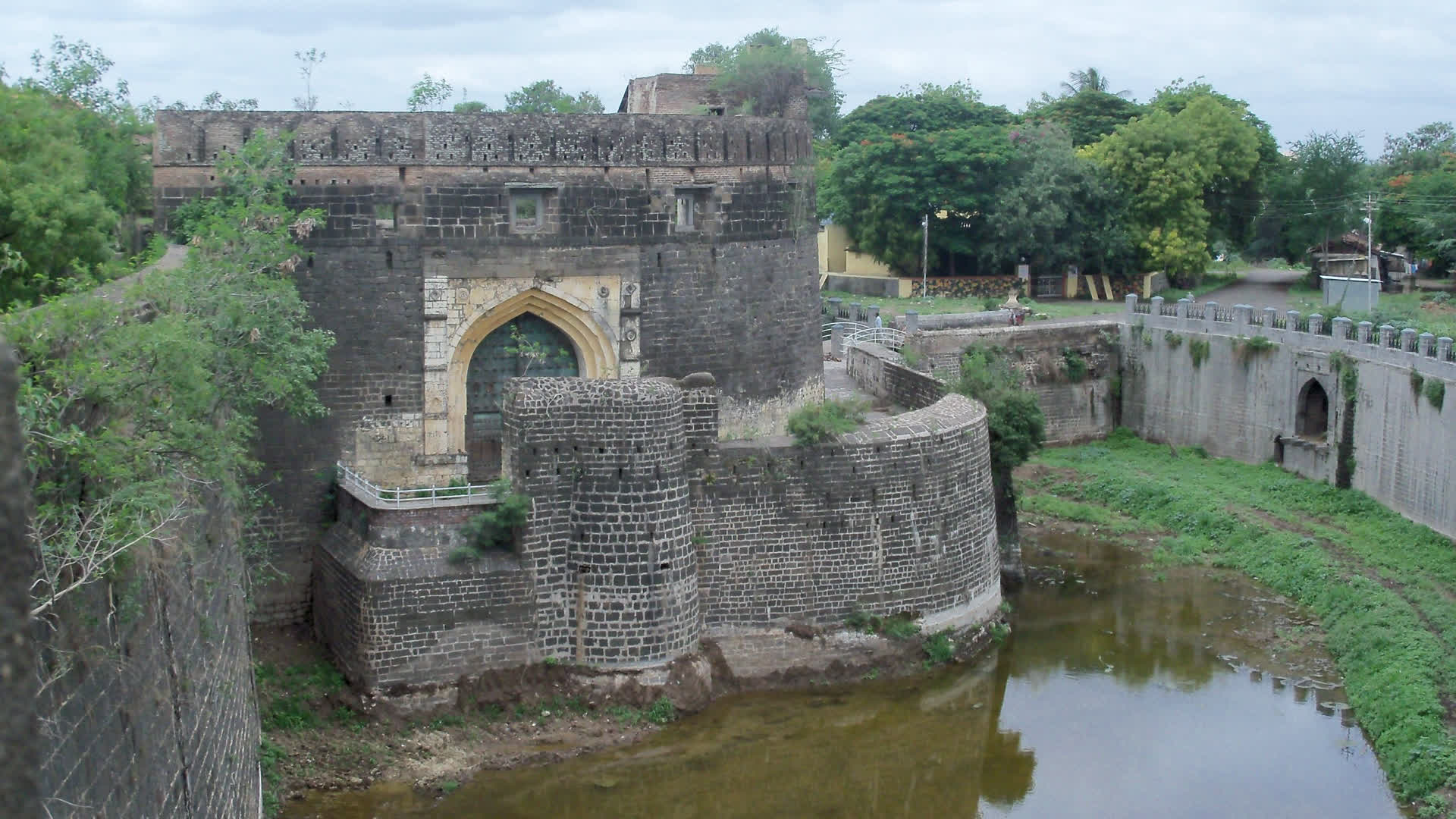 Ahmadnagar: The Sultans' Fading Legacy