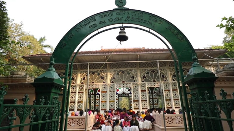 Tagore's Glass House