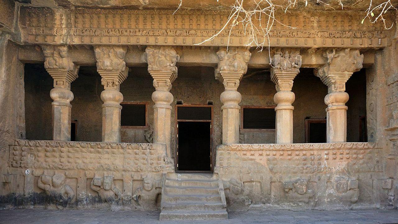 Satavahanas: Deccan's First Empire Builders (100 BCE – 3rd CE)