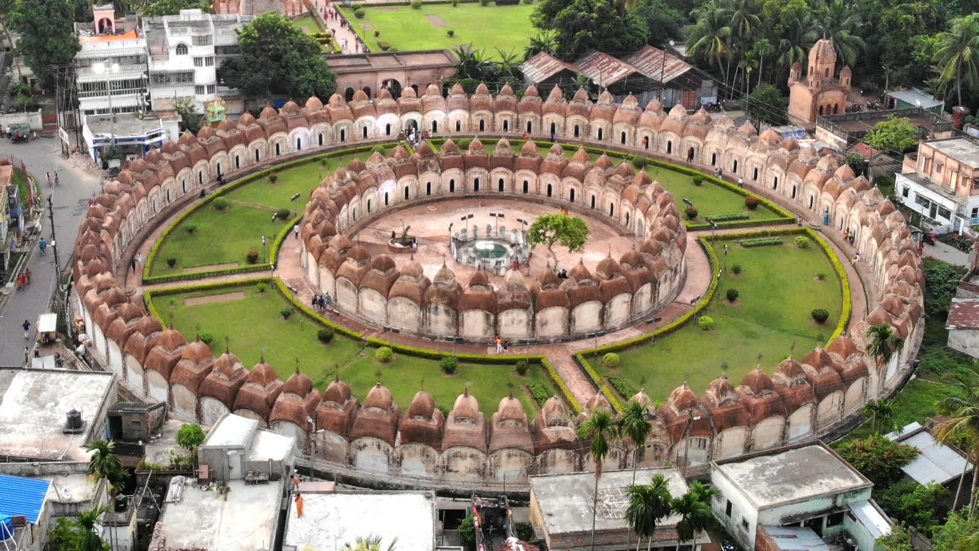 Kalna's Unique Shiva Temple