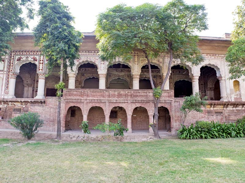 Raja Dhian Singh's Haveli, from where the Government School, Lahore, was run during the time of Ganga Ram