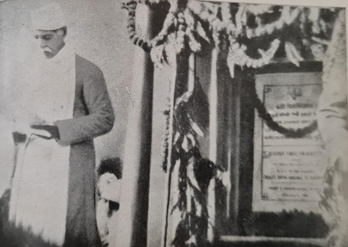Malaviya making a speech at the inaugural function of BHU   Malaviya Family Archives