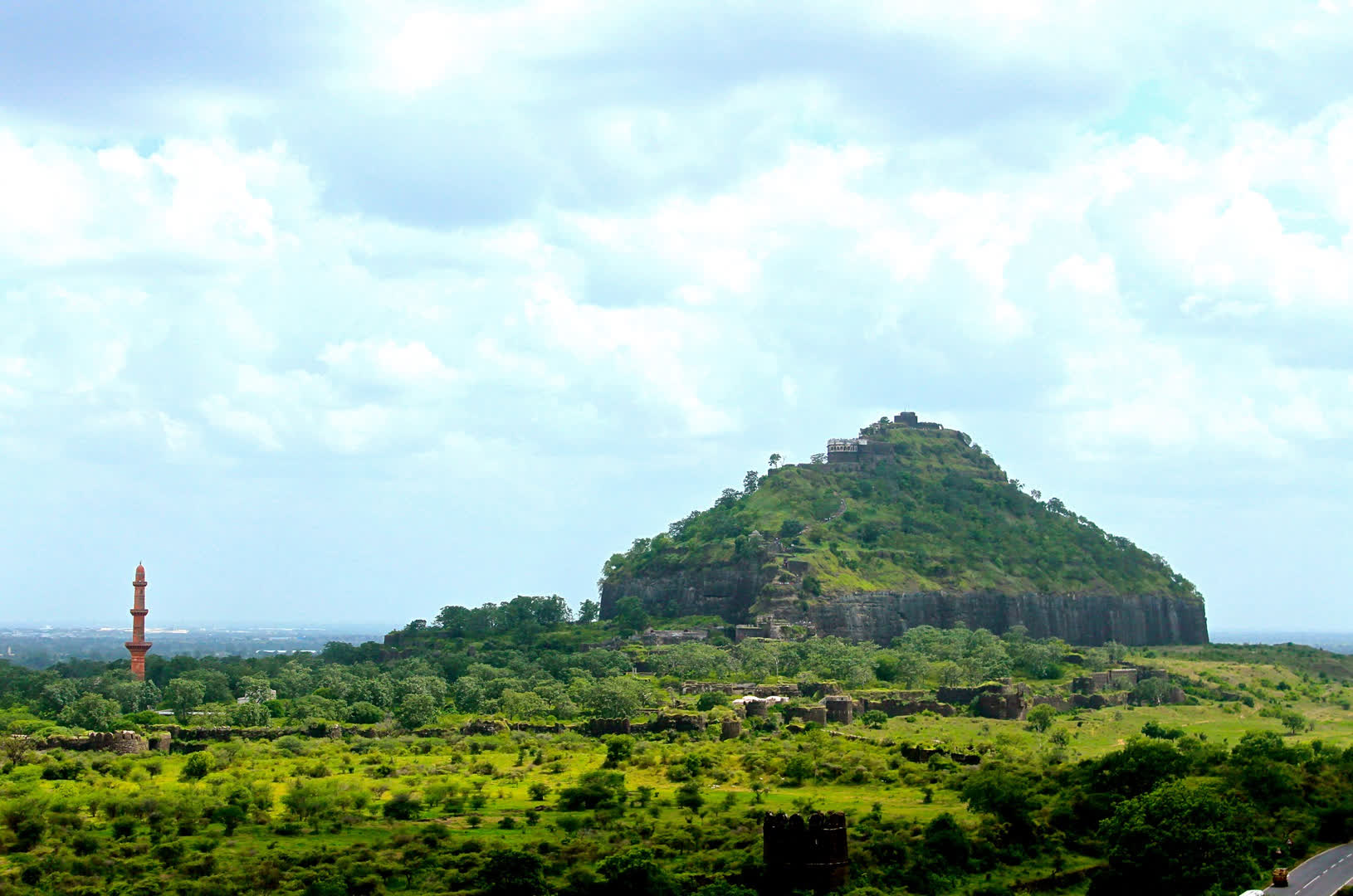 General view of Daulatabad fort, taken from the north