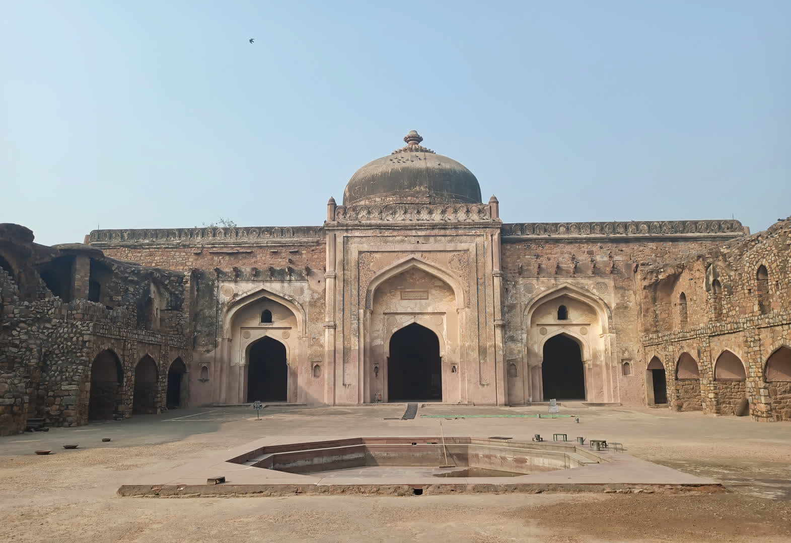 The mosque at Khair-ul-Manzil