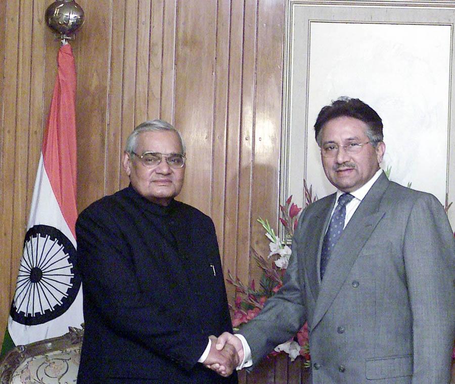 Atal Behari Vajpayee and Pervez Musharraf