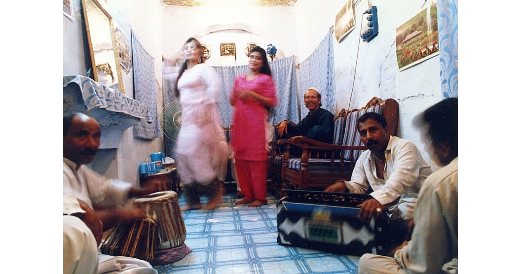 A performance at Heera Mandi