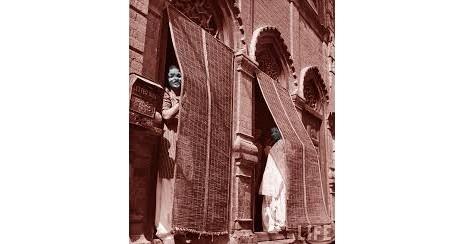 The view of a balcony in Heera Mandi
