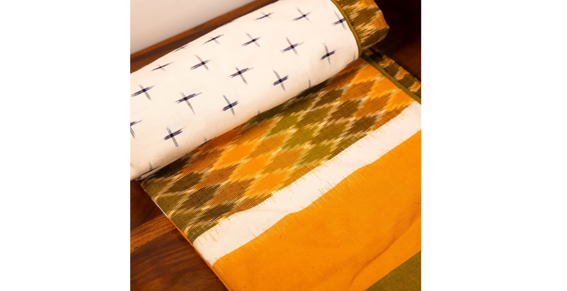 Ikat: Weave with a Mathematical Twist