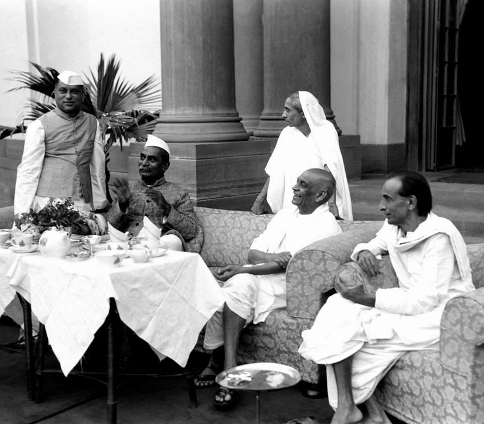 S N Sinha, Rajendra Prasad, Maniben Patel (Sardar Patel's daughter) and Kripalani