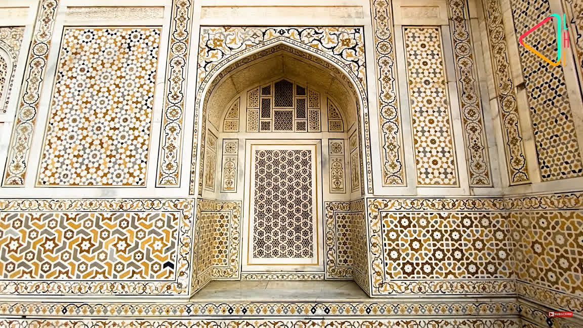 Inlay work at the tomb of Itmad-ud-Daula