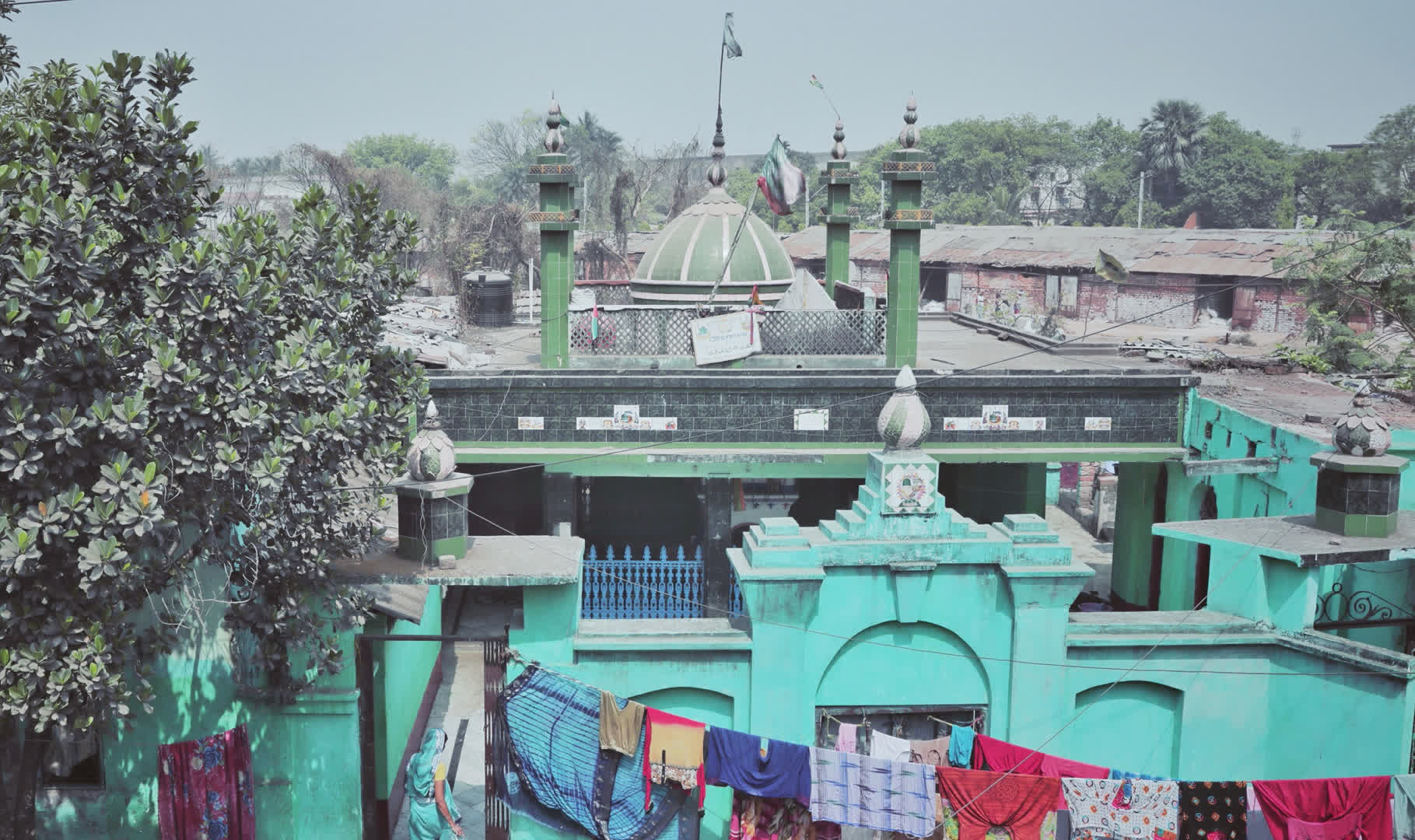 The dargah next to the mosque