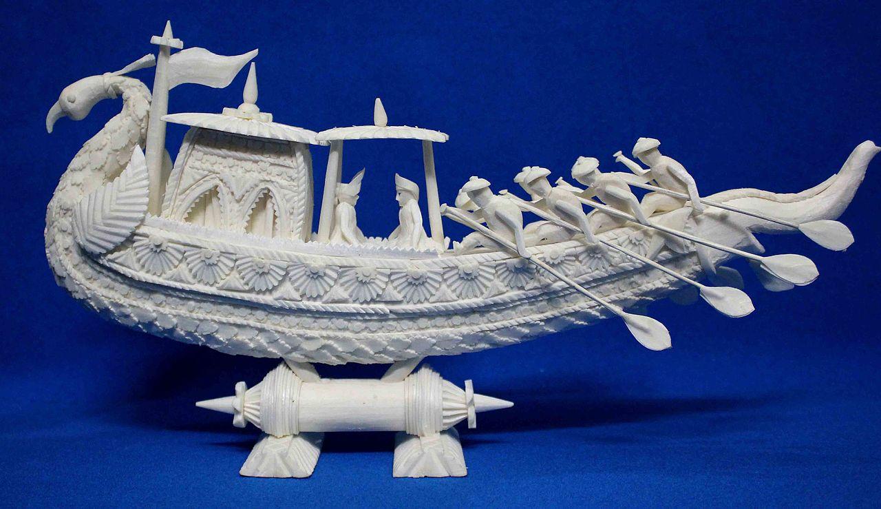A Sholapith ritual boat