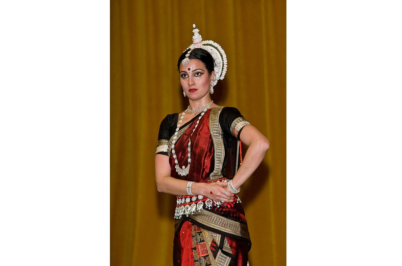Topor or the headgear of a Bengali groom