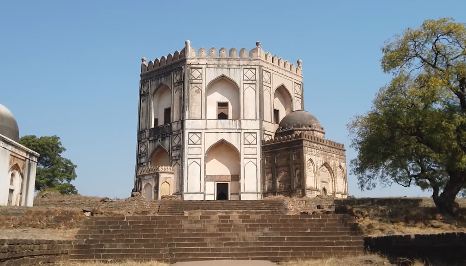 Chaukhandi | LHI