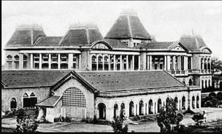 Old picture of Victoria Hospital in Bangalore
