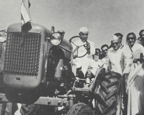 KM Munshi with Jawaharlal Nehru and Amrit Kaur