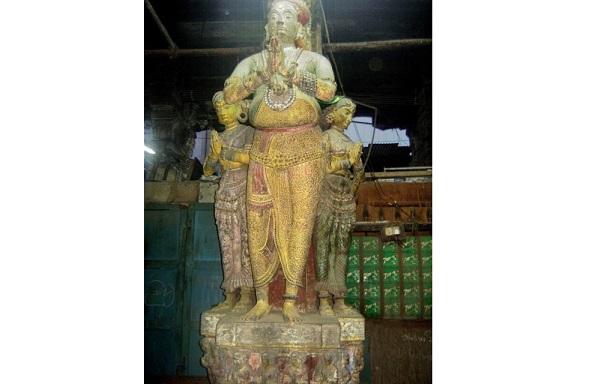 A statue of Tirumala Nayak