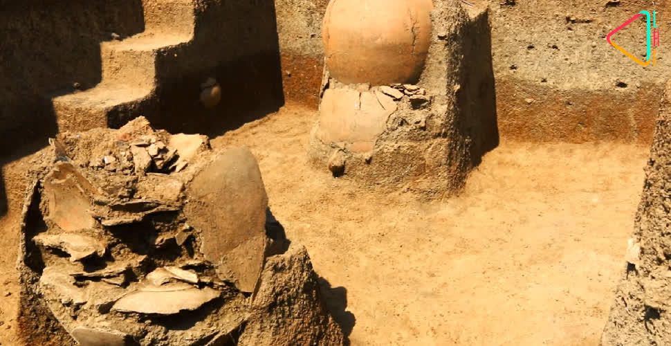 Inverted urns unearthed during the excavation | LHI