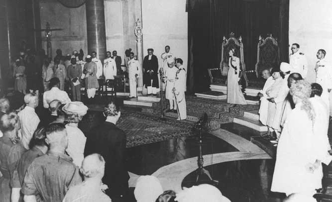 Lord Mountbatten swears in Jawaharlal Nehru as free India's first Prime Minister