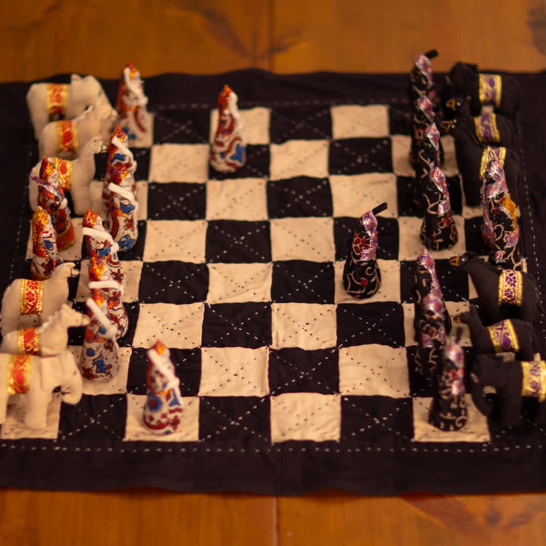 Handcrafted Chess Set   Peepul Tree