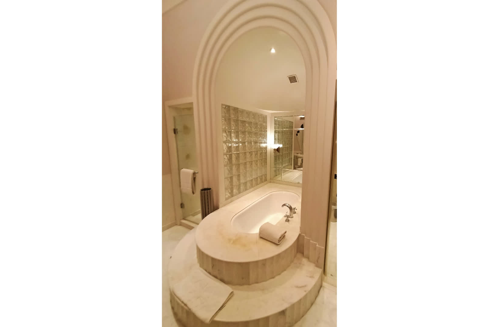Gayatri Devi's step-in bathtub made of marble