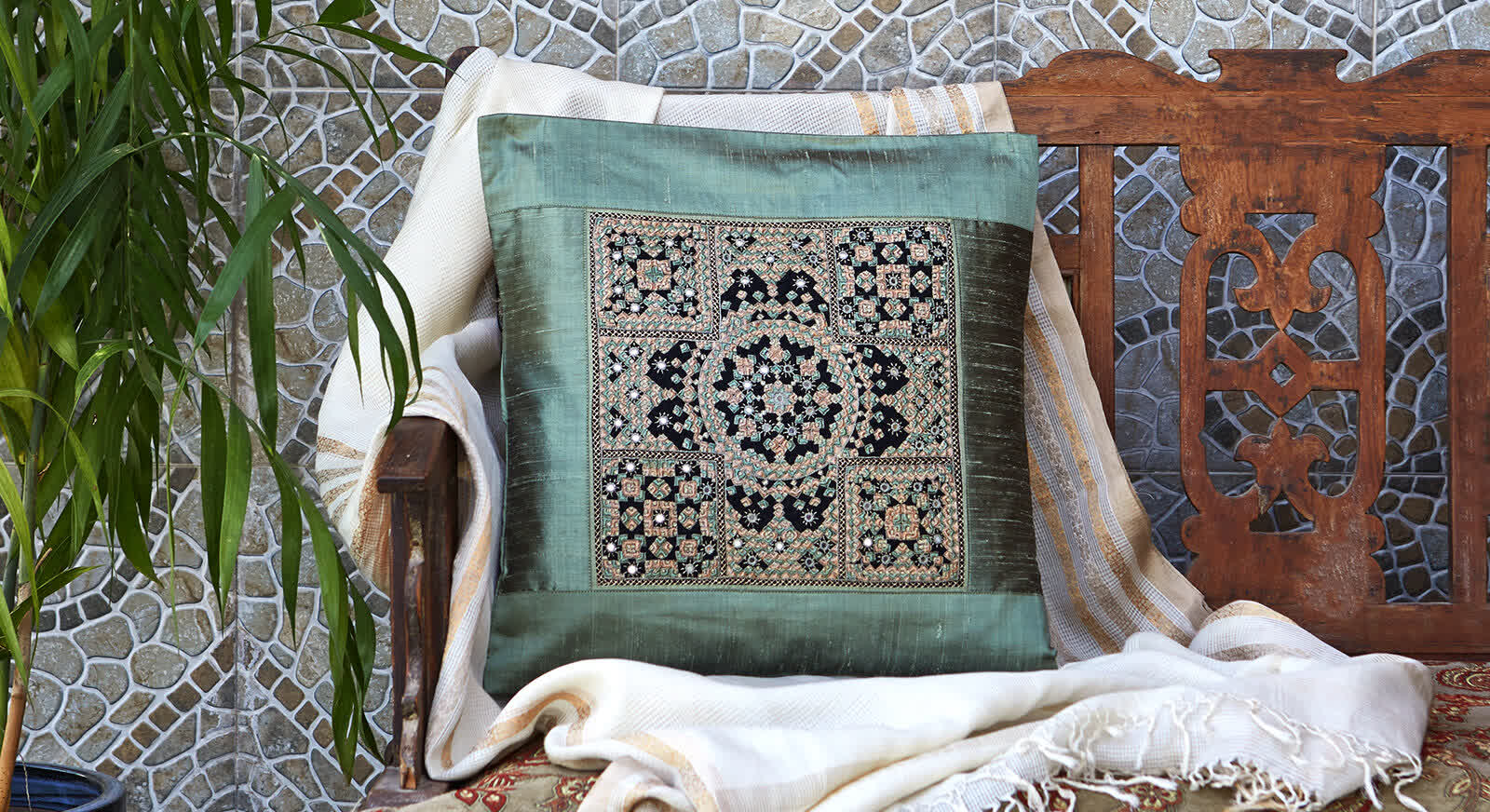 Neran Embroidery