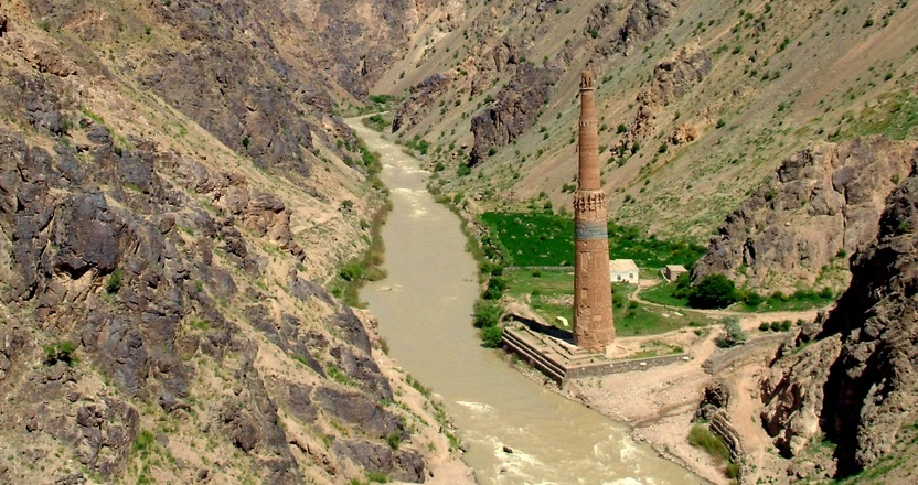 The Tale of the Two Minars: The Qutb Minar and the Minaret of Jam