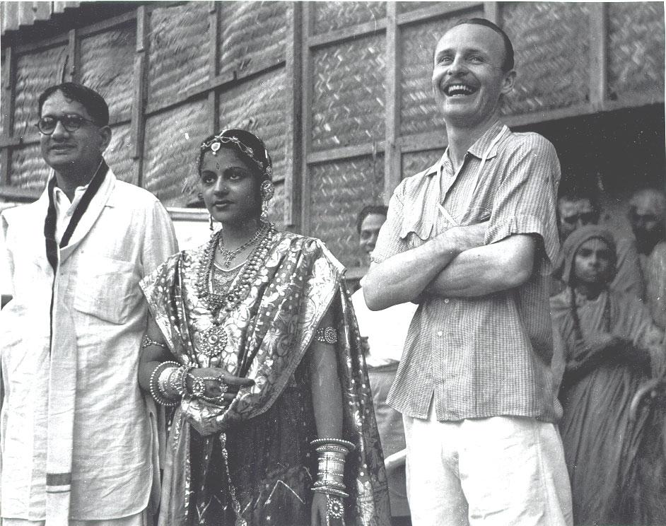T Sadasivam, M S Subbulakshmi and Ellis Dungan (director of the film Meera)
