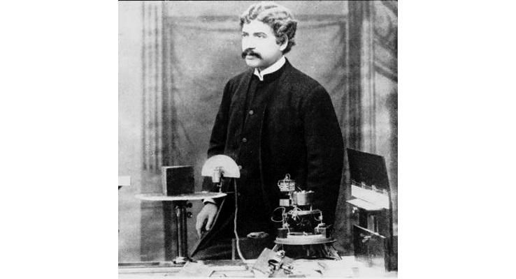 Jagadish Chandra Bose: Champion of East and West
