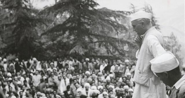 Nehru Checkmates Congress Right Turn