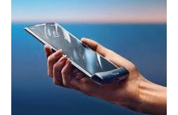 Motorola-Razr-Features-Specifications-and-Price