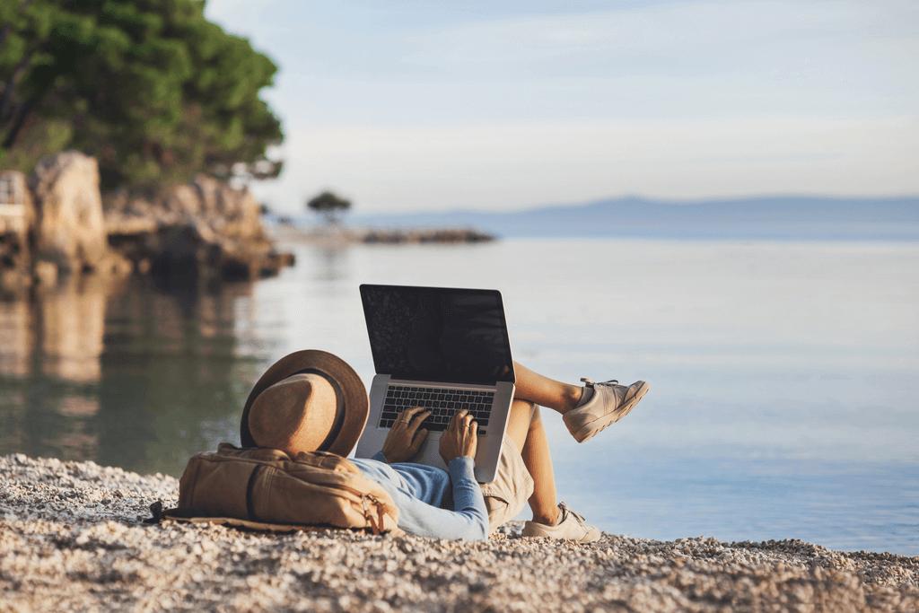 Фриланс вакансии туризм freelance love is you