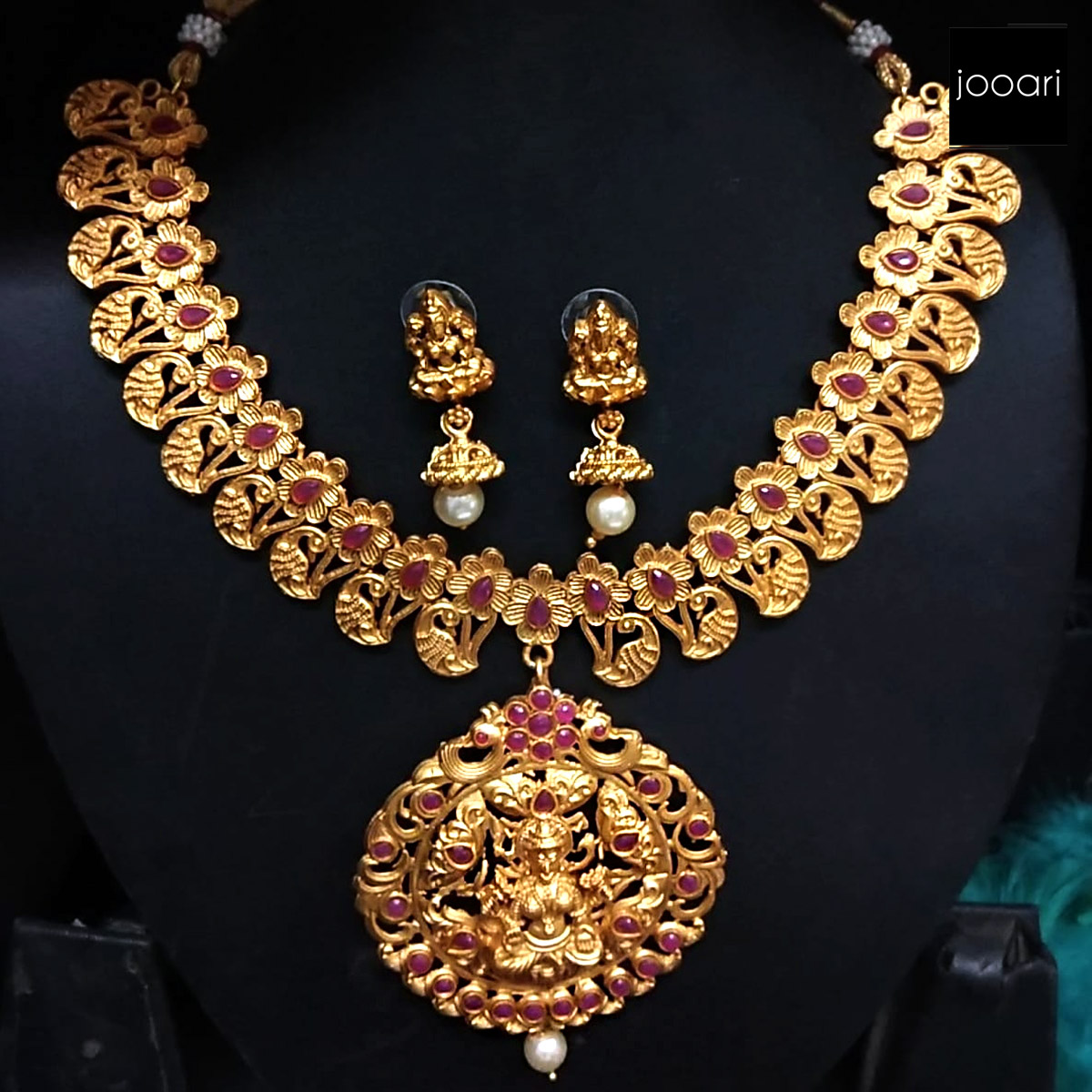 Gold Plated Ganesh Necklace Set Wedding look for Womens