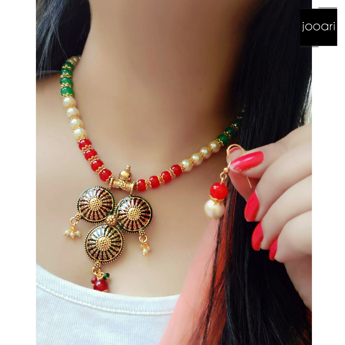 White Red Green Pearl Circle Coin Pendant for Girls Stylish Party Wear