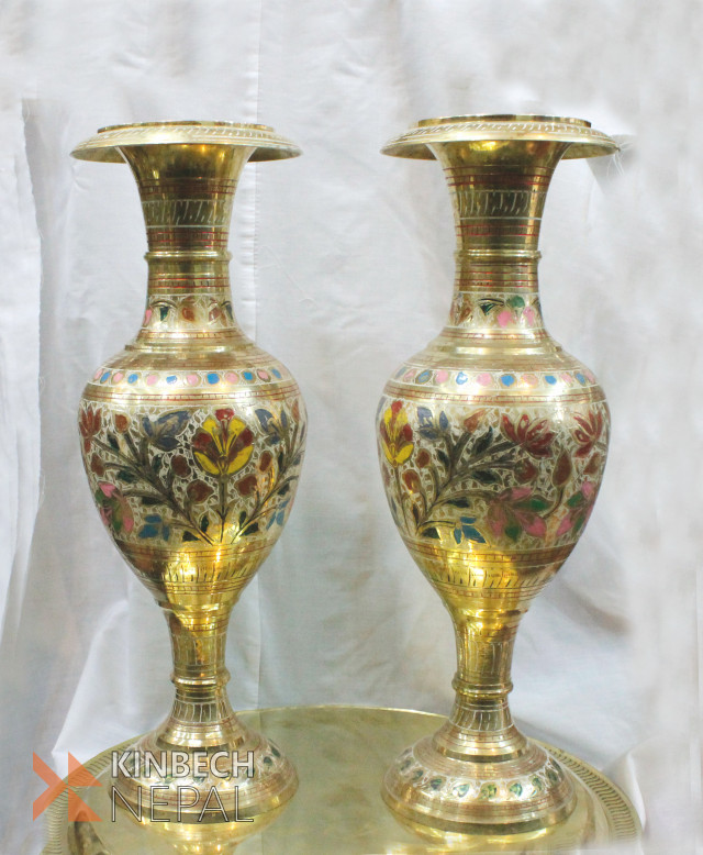 Brass Made Fancy Flower Vase | www.kinbechnepal.com