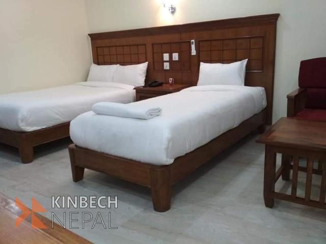 HOTEL(3 STAR) ON SALE IN BHAIRAHAWA (LUMBINI)- HOTEL LACOUL INN | www.kinbechnepal.com