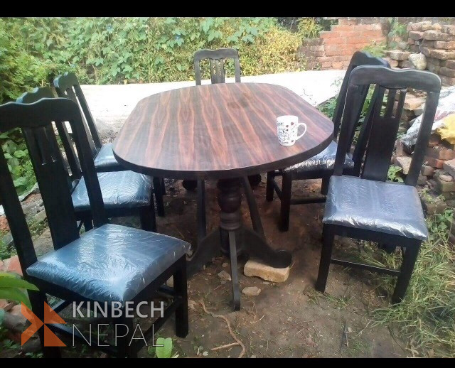 Dining Table | www.kinbechnepal.com