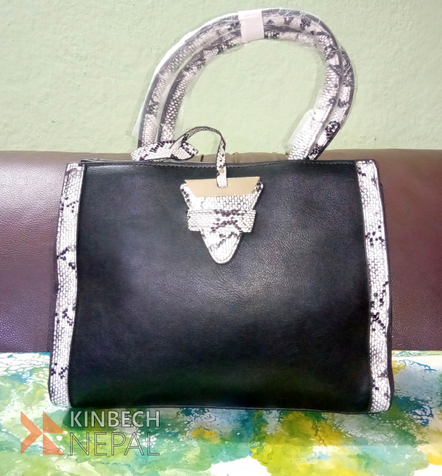 Ladies Bag | www.kinbechnepal.com