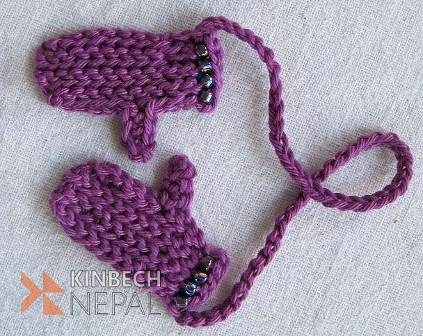 Crochet Mittens Bookmark | www.kinbechnepal.com